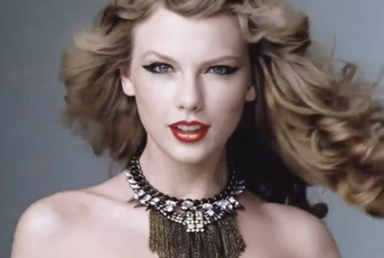 taylor swift glam makeup