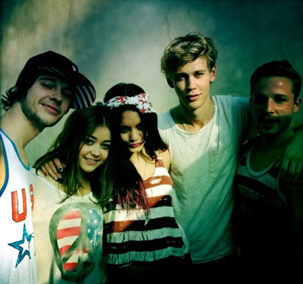 Vanessa Hudgens and Austin Butler celebrate the 4th of July in the USA