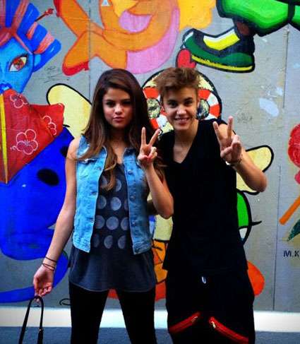 Justin Bieber makes Selena Gomez cry on her 20th birthday?