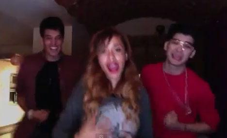Zayn Malik dances like Ali G