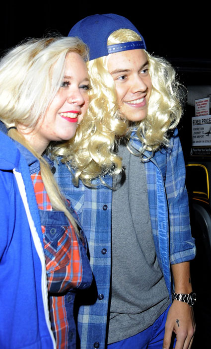 Harry Styles in a blonde wig as Garth from Wayne's World - images - sugarscape.com