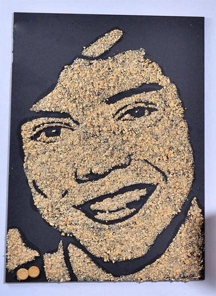 Harry Styles in crackers
