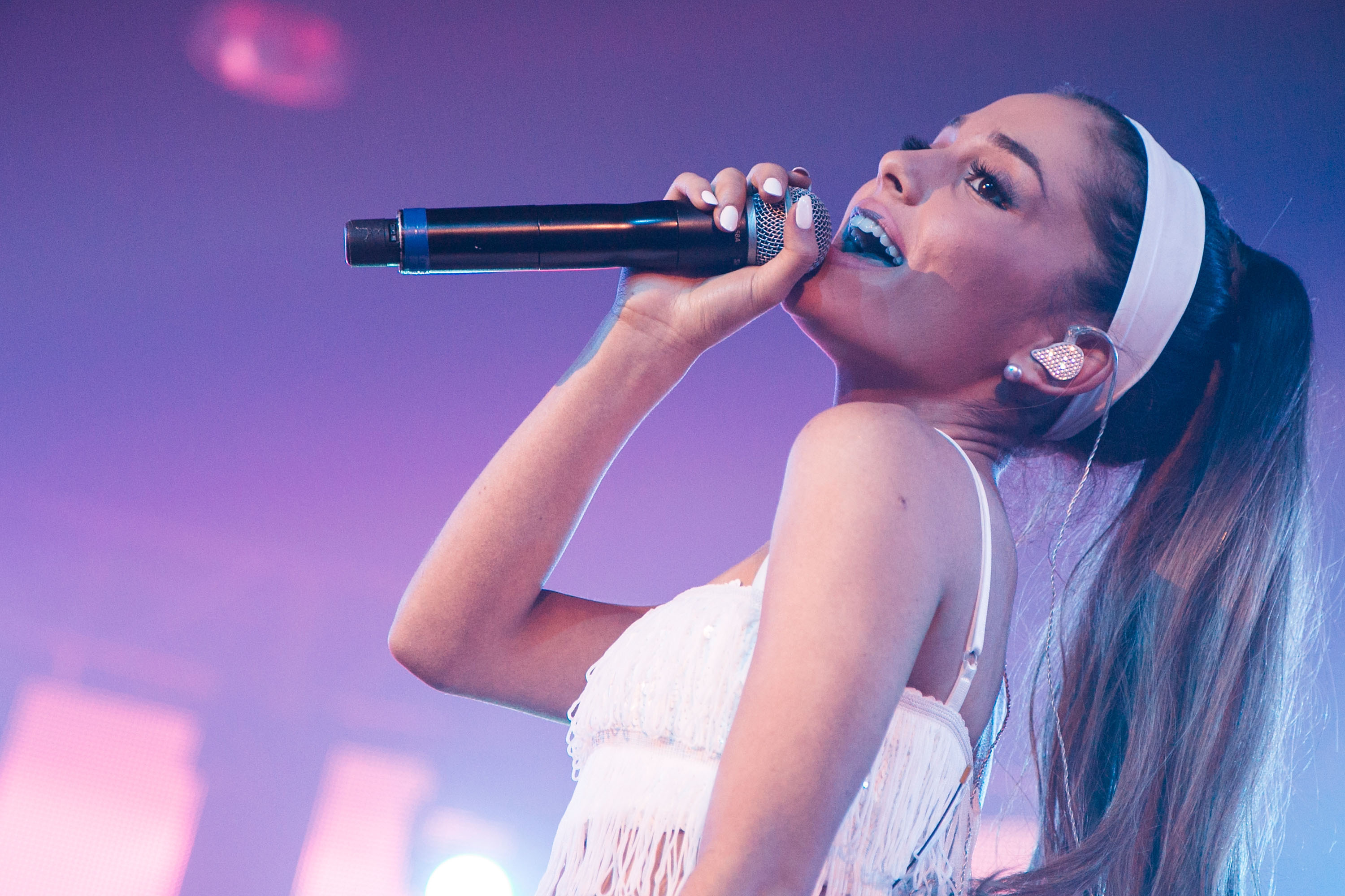 Ariana Grande in weird white outfit - Ariana Grande images - Sugarscape.com