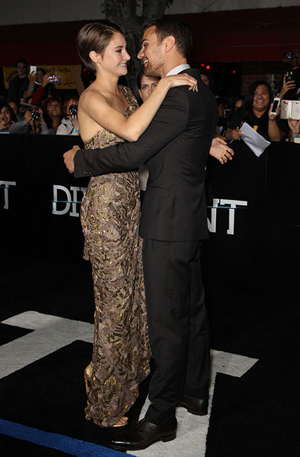 Divergent LA premiere - Theo James Shailene Woodley images - sugarscape.com