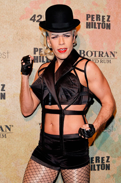 Perez Hilton dresses up as Madonna - Images - Sugarscape.com
