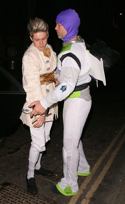Niall Horan dressed up as Prince Charming at Rochelle Humes' Birthday party - Images - Sugarscape.com