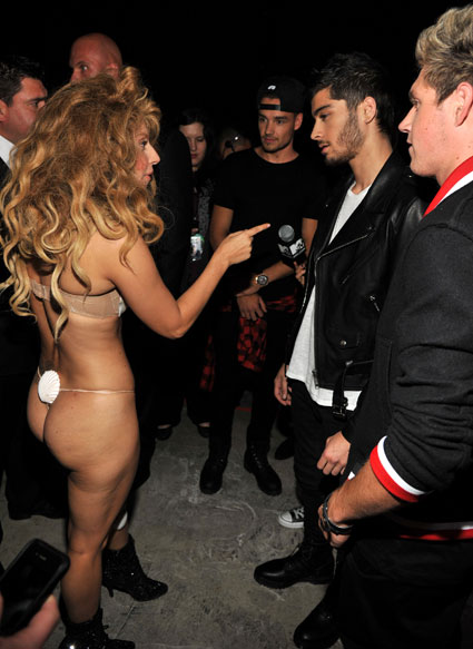Lady Gaga and One Direction at the VMAs