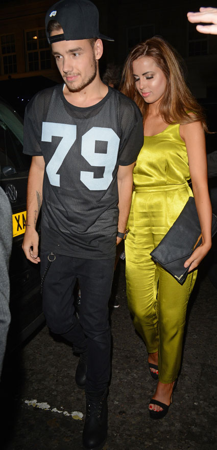 Liam Payne and girlfriend Sophia Smith get cosy outside Funky Buddha - Liam Payne images - sugarscape.com