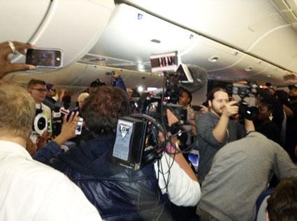 777 tour riot plane