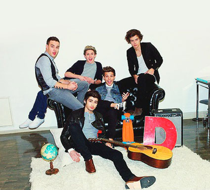 One Direction get sexy with roses in photoshoot for Japan ...  One Direction g...