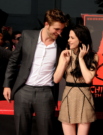 Stephenie Meyer regrets relationship problems Twilight gave Kristen Stewart and Robert Pattinson