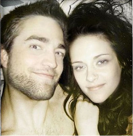 robert pattinson and kristen stewart in bed together