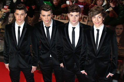 union j sign to rca