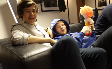 Ed Sheeran takes Harry Styles and Niall Horan backstage in UK tour diary - VIDEO