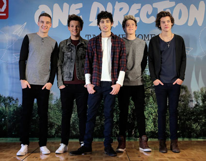 One Direction at press conference in Japan - PICS
