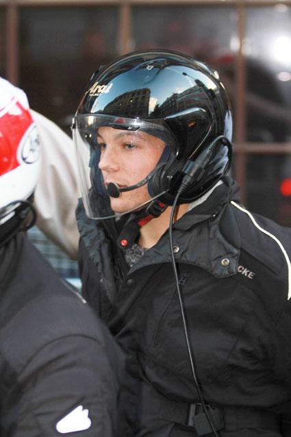 louis tomlinson motorbike helmet
