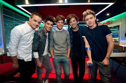 one direction to apear on the x factor this weekend?