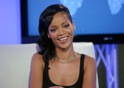 rihanna unapologetic 77 tour dates