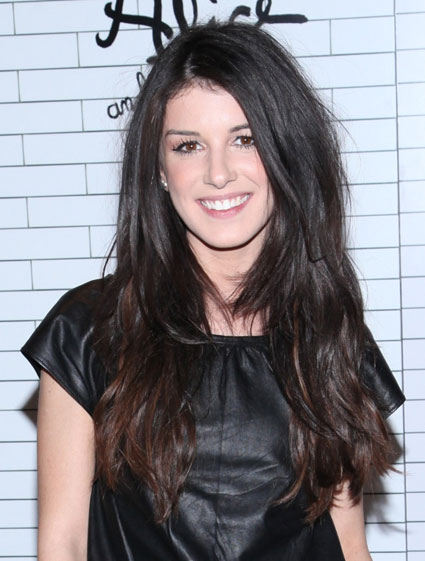 shenae grimes dip dyed tips