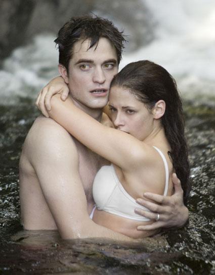 edward and bella in te waterfall breaking dawn honeymoon