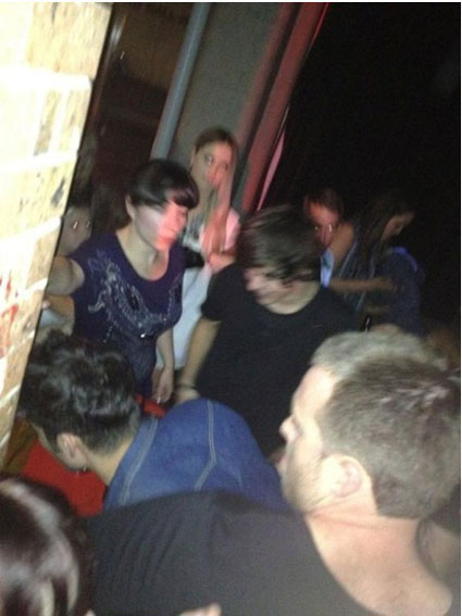 harry styles and zayn malik form one direction at syndey bar scary canary