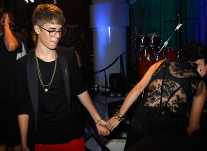 Justin Bieber takes Selena Gomez on an Easter cinema date