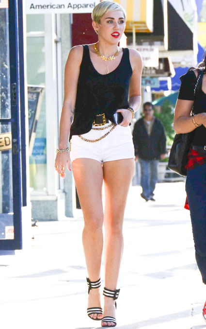 miley cyrus hotpants