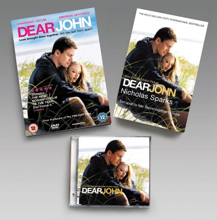 The ultimate summer romance, DEAR JOHN stars Amanda Seyfried (Mamma Mia!, ...