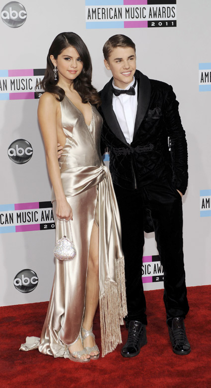 Justin Bieber and Selena Gomez at American Music Awards