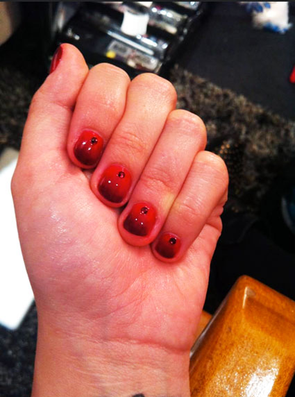 demi lovato ombre nail art