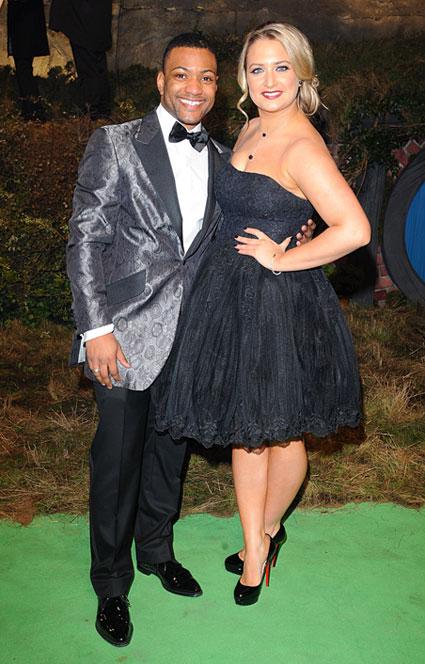jb and chloe tangney at hbbit premiere
