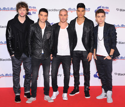 All The Wanted want to Christmas is peace with One Direction. Bless.