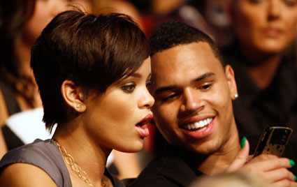 Rihanna and Chris Brown to duet on American Idol?