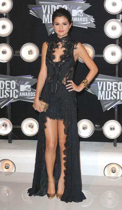 Selena Gomez Exclusive Interview on Fashion