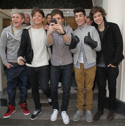 one direction outside radio 1 studios 2012