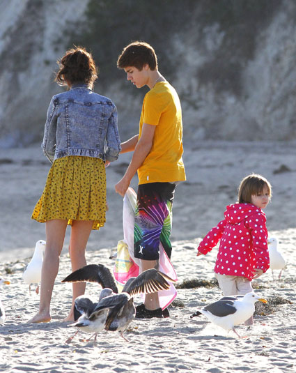 justin bieber and selena gomez on a date at malibu beach