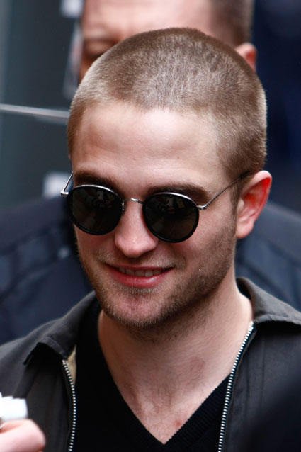 robert pattinson with shaved head