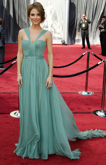 maria menounos at 2012 oscars