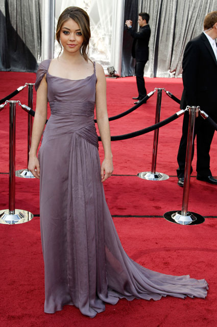 sarah hyland at 2012 oscars
