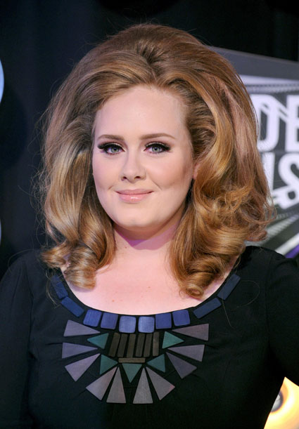 karl lagerfeld says adele is a little too fat