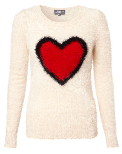 cher lloyd wears heart jumper form apricotonline