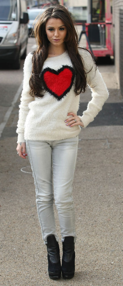 cher lloyd outside the morning studios