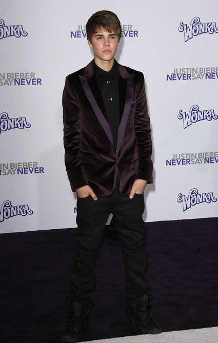 justin bieber in purple suit. The purple velvet suit isn#39;t