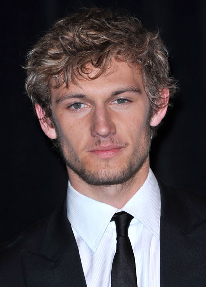 alex pettyfer muscle. with Alex Pettyfer.