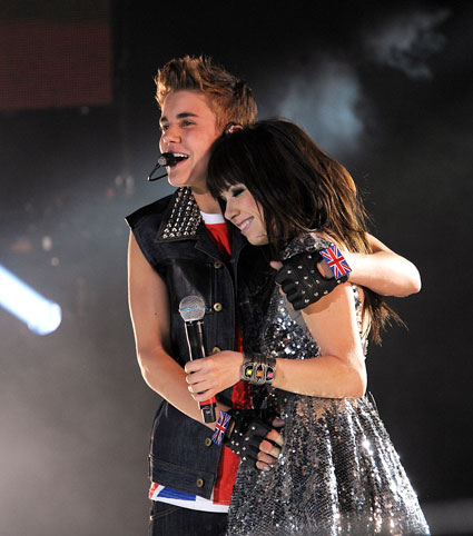 justin bieber and carly rae jepsen at the capital fm summertime ball 2012