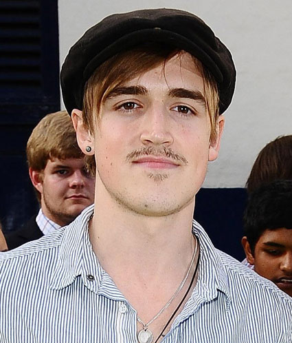 http://images.sugarscape.com/userfiles/image/JUNE2011/Kluce./Tommcfly.jpg