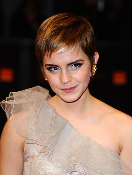 emma watson short hair black dress. pictures Emma Watson Short Hair Image emma watson hair down.
