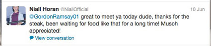 Gordon Ramsay cooks for One Direction
