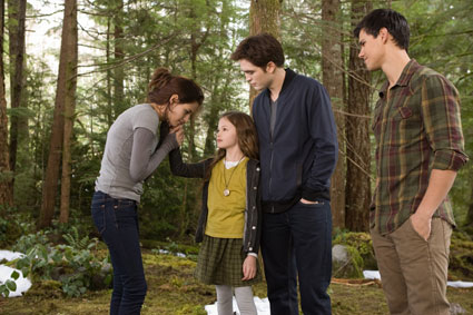 Brand New Twilight Breaking Dawn Part 2 Pictures
