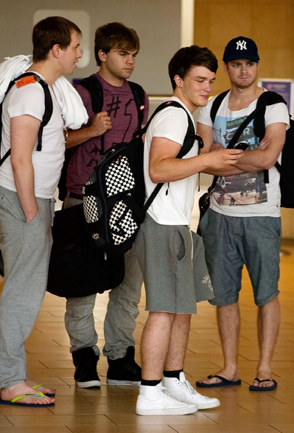 josh devine, dan richards, sandy beales, jon shone from one directions band